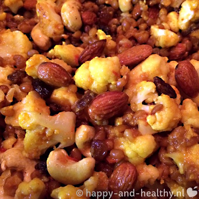 Bloemkool 'salade', lekker kruidig met granen, rozijnen, zaden & noten!
