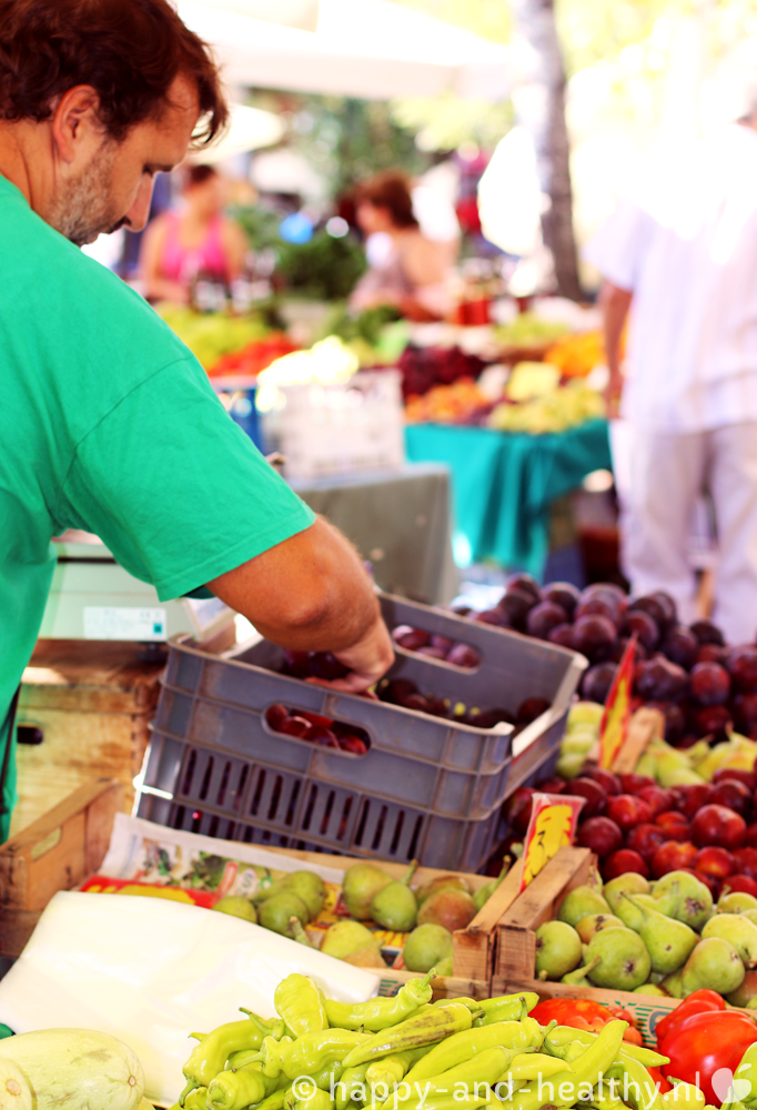 Biologische markt in VOlos Piion, Griekenland