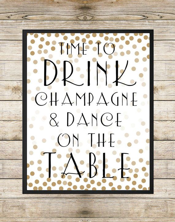 Dink Champagne en dance on the table